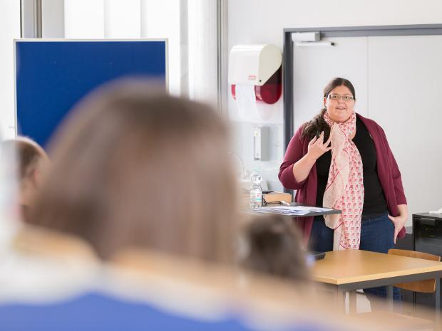 Medienkompetenzförderung von Schüler/innen ab der Sekundarstufe I