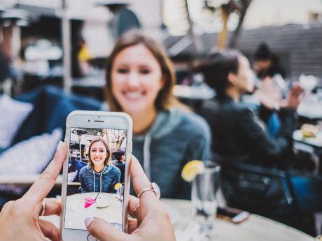 Digitale Kundenkommunikation in Gastronomie und Handel: Regionale Roadshow mit Workshops und Sprechtagen